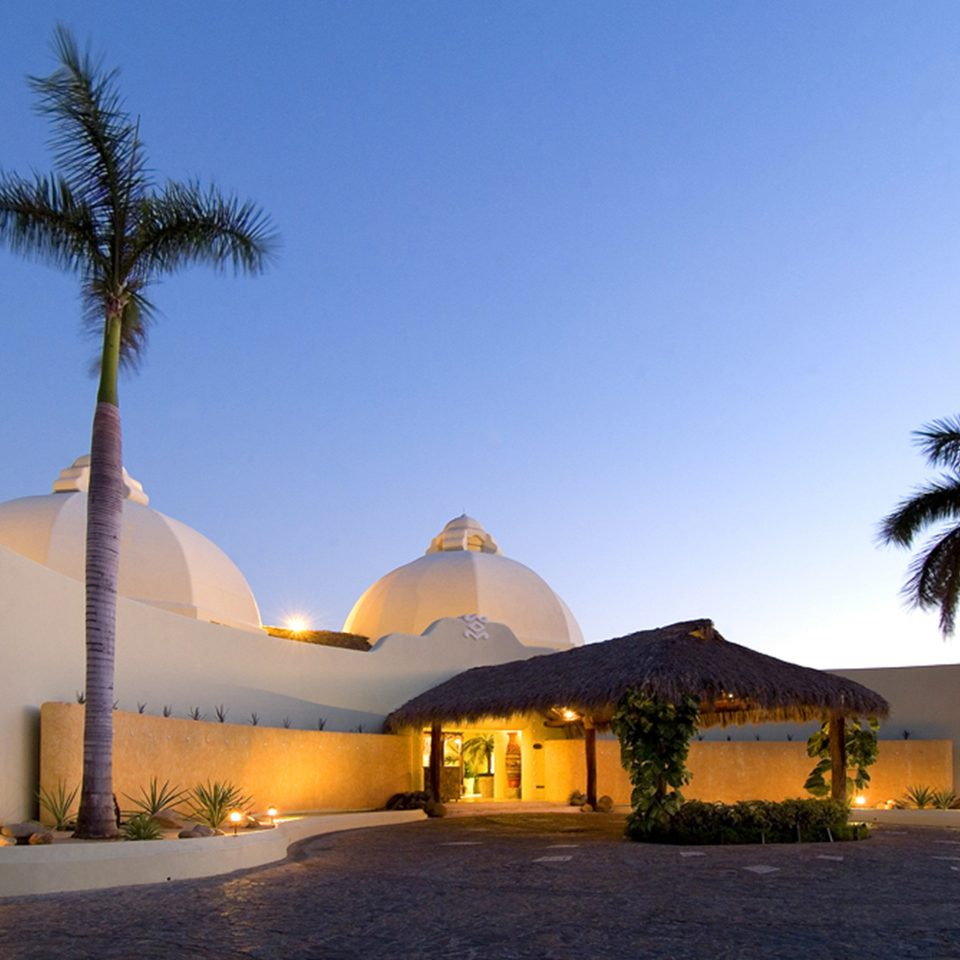 Boutique Exterior Rustic Waterfront sky building house Resort arecales Beach home Villa tepee hacienda Sea
