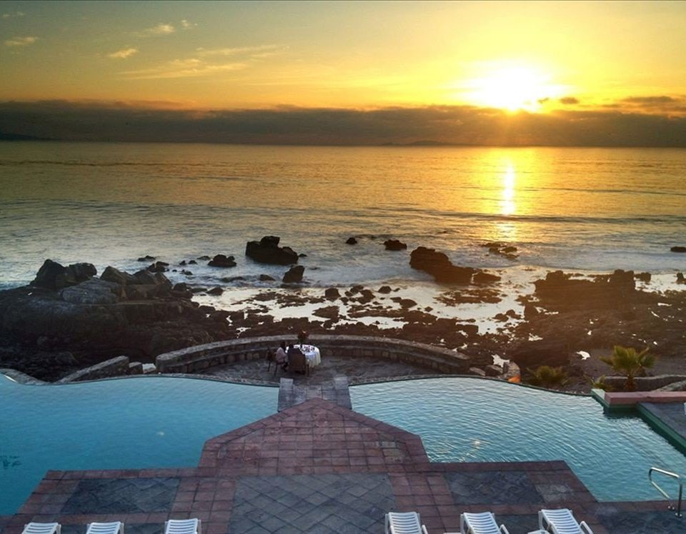 Budget Classic Ocean Pool Sunset Waterfront water sky Sea shore Beach horizon Coast cloud morning sunrise evening dusk dawn sunlight wave cape
