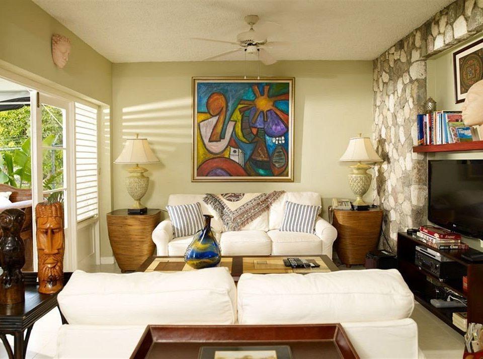 Beach Budget Lounge Sea living room property home cottage shelf cluttered