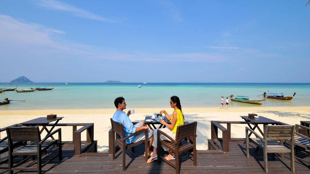 sky water ground Beach chair leisure Sea shore Ocean caribbean Nature Coast Resort Deck