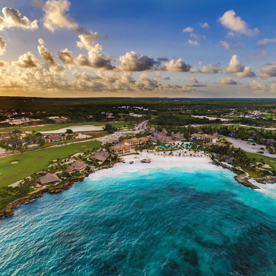 Hotels sky water Nature Coast shore Sea Ocean River wave aerial photography landscape Beach cape Lagoon cove promontory day