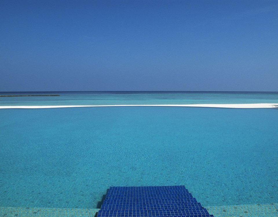 water sky horizon Sea Ocean Beach shore Nature Coast caribbean Lagoon atoll Island cape archipelago islet swimming pool reef day