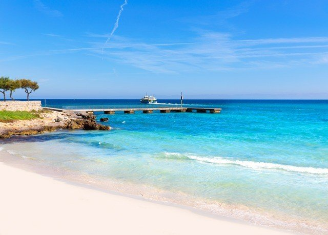 sky water Nature shore Beach caribbean Sea horizon Ocean Coast islet Lagoon wind wave cape Island cay atoll cove blue swimming