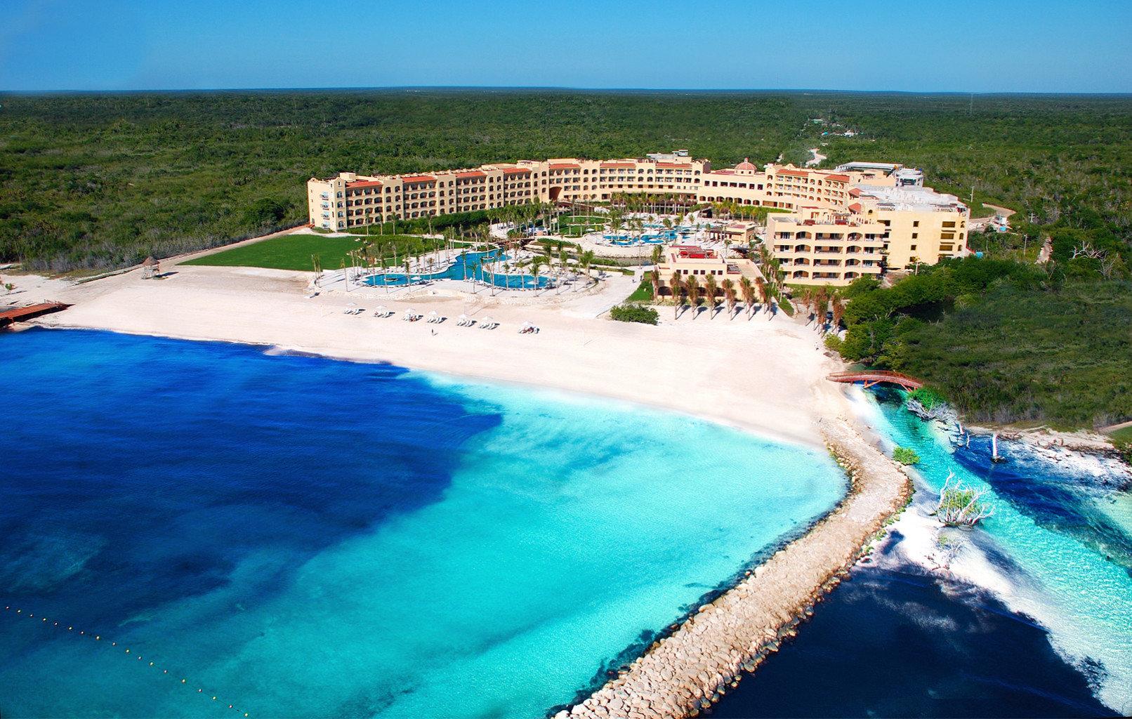 sky swimming pool Sea Beach Coast Ocean Nature Resort caribbean Lagoon Water park cape Island blue shore sandy