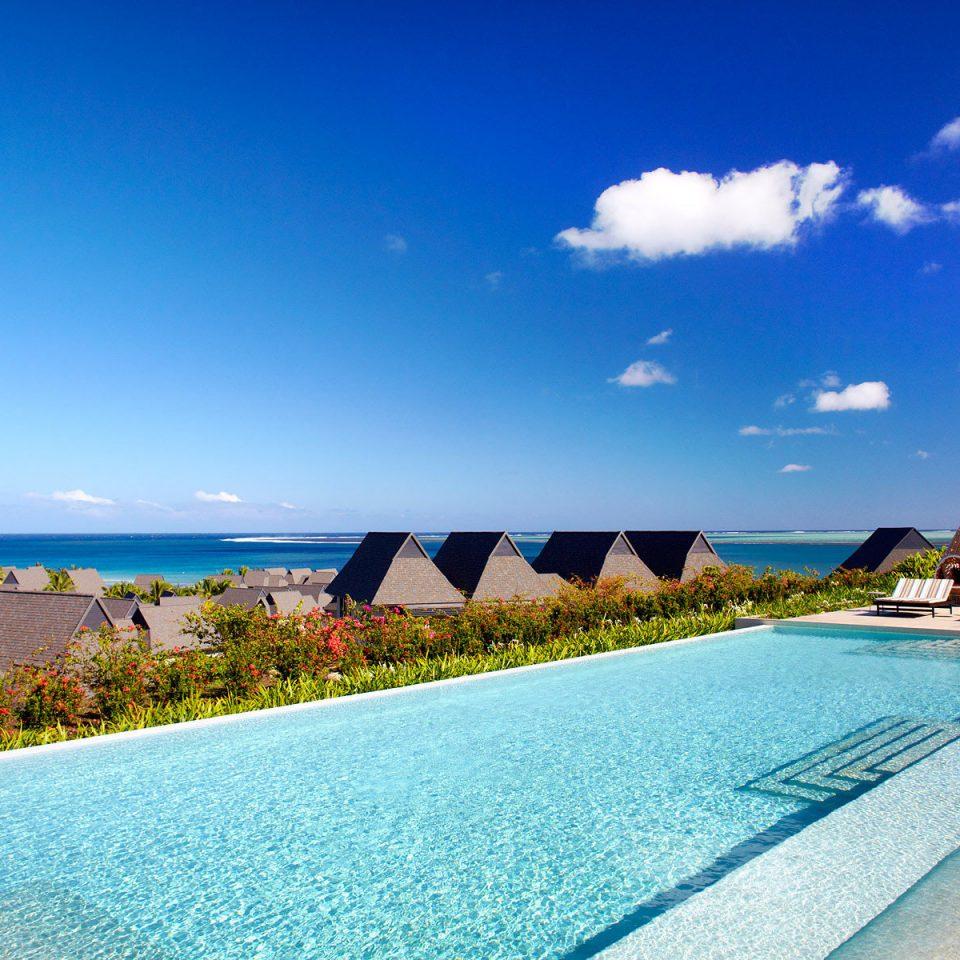 Beach Pool Scenic views sky Sea swimming pool leisure Ocean caribbean horizon shore Resort Coast Lagoon cape Island day