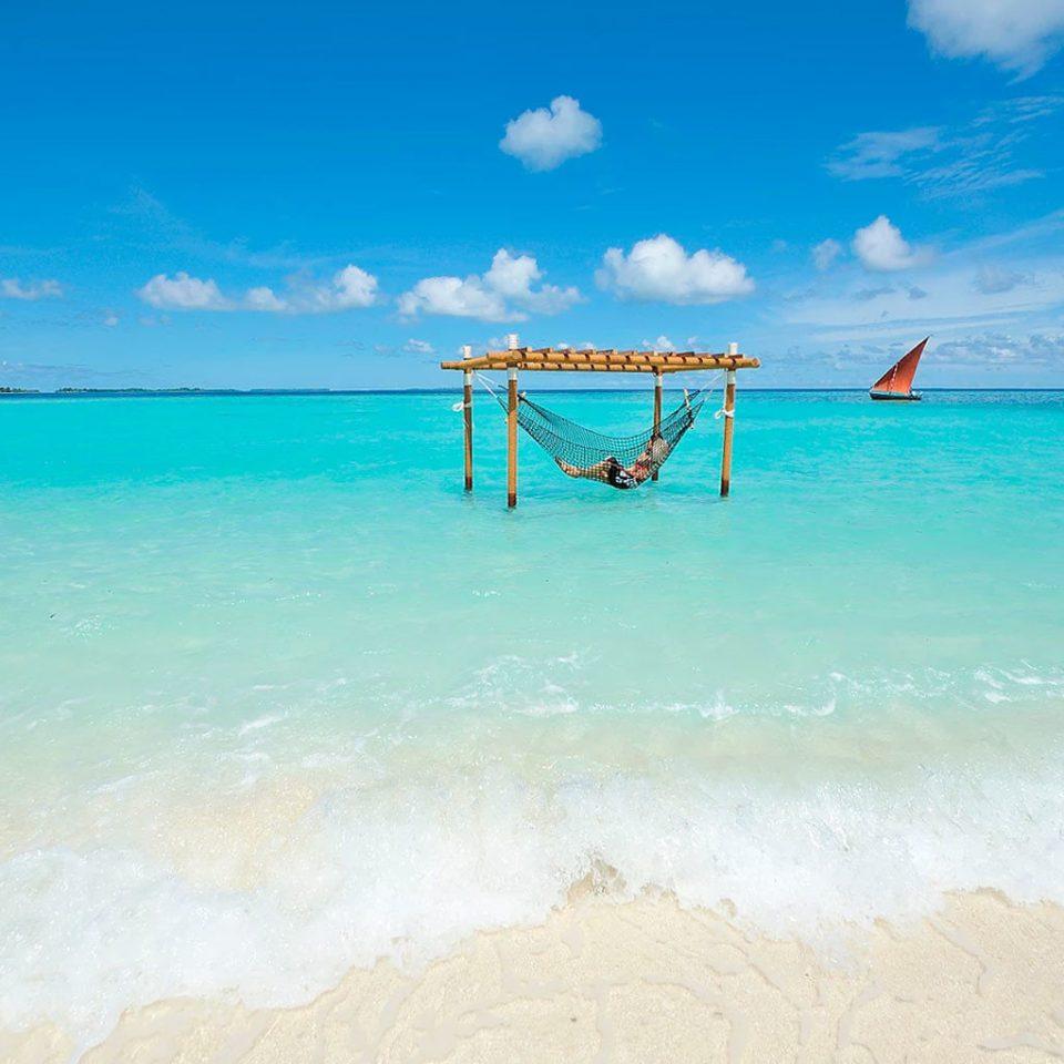water sky Beach Sea shore Ocean caribbean horizon wind wave sand wave Coast blue cape Island Lagoon cay tropics
