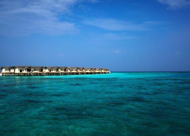 sky water blue Sea horizon Ocean caribbean Coast shore Nature islet cape Beach Island wind wave archipelago wave Lagoon day