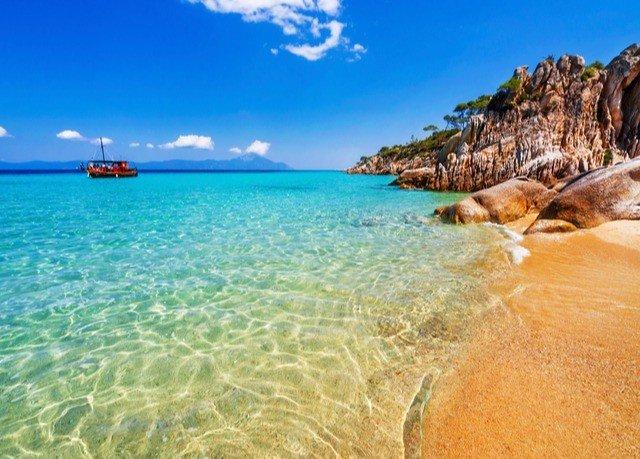 sky water shore Coast Sea Nature Beach caribbean Ocean Lagoon Island cape islet cove blue day distance
