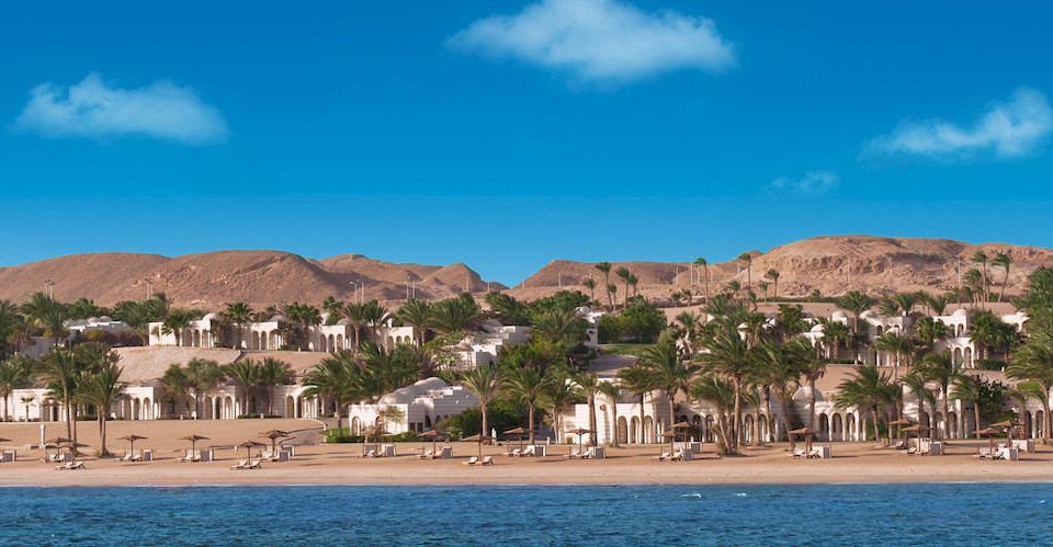 sky water Sea Town Coast Beach mountain Nature cape cove panorama Resort Lagoon marina shore Island sandy swimming