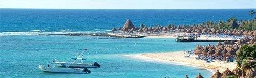 water sky Beach Ocean Nature Sea Resort marina caribbean Coast vehicle Lagoon shore day