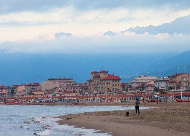 sky Beach Sea Coast shore horizon Town Nature Ocean cape panorama day sandy