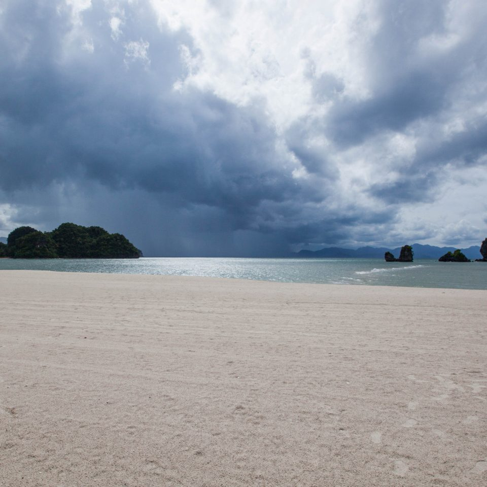 sky Beach Sea cloud shore Nature Ocean Coast horizon cloudy wind wave sand wave clouds cape sandy day