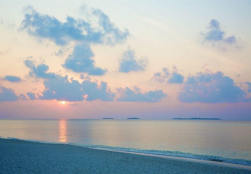 water sky horizon Sea Nature cloud Ocean shore Beach sunrise dawn morning Sunset afterglow Coast dusk wind wave clouds land
