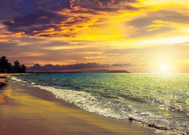 water sky Beach Sunset shore Sea horizon Coast Ocean cloud sunrise Nature dawn wave Sun morning dusk sunlight evening wind wave afterglow sand