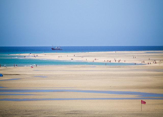 sky Beach water shore horizon Sea Ocean Coast sand Nature wind wave wave sandy