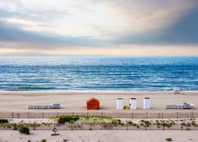 water sky Beach shore Sea horizon Ocean Coast Nature wind wave cloud wave sand sandy