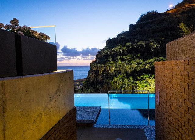 sky property house Ocean Sea swimming pool Villa Beach Coast Resort