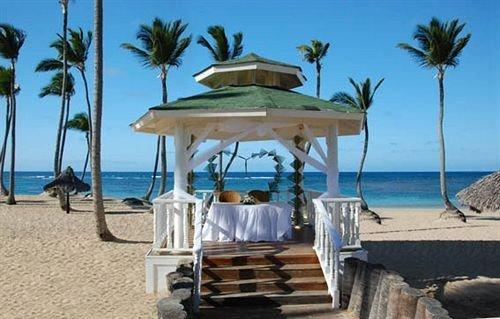 sky chair palm Beach caribbean Resort shore Deck sandy shade day