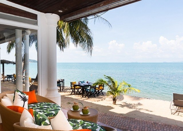 sky water property leisure Resort caribbean Villa swimming pool porch Deck condominium hacienda home Beach cottage restaurant eco hotel overlooking shore dining table