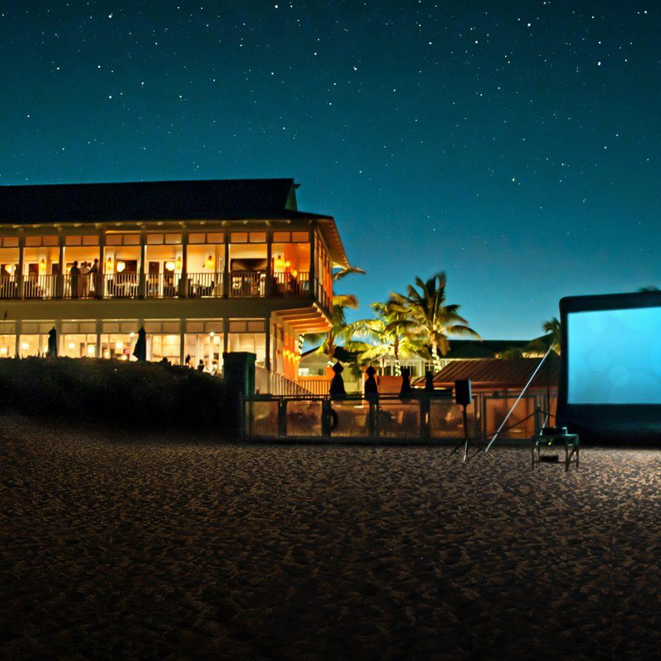 Beach Entertainment Exterior Nightlife Waterfront night light evening darkness theatre dusk Sunset dark