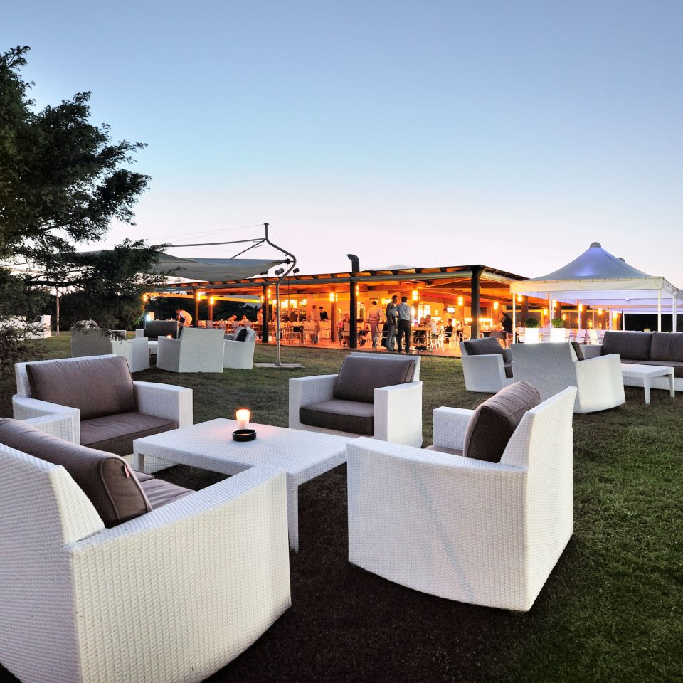 Beach Family Grounds Outdoor Activities Resort sky leisure home outdoor structure backyard Villa restaurant cottage set