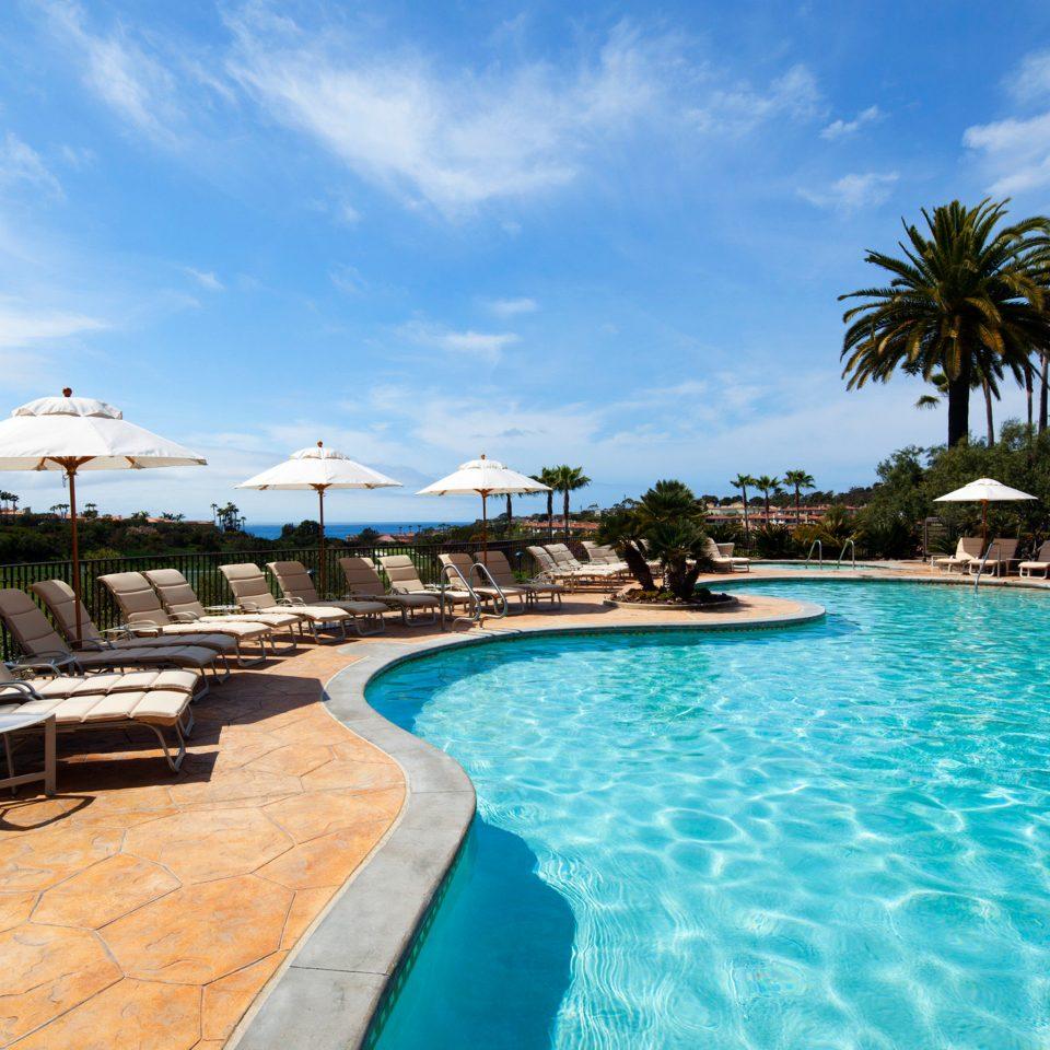 Lounge Luxury Modern Pool sky water swimming pool Resort property leisure caribbean Sea swimming Ocean Beach resort town Lagoon Villa palm day