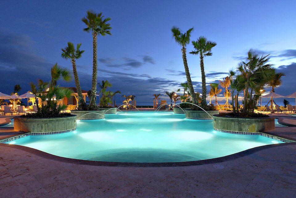Nightlife Play Pool Resort sky swimming pool leisure Ocean Sea caribbean Beach Nature Lagoon arecales blue lined palm empty swimming shore