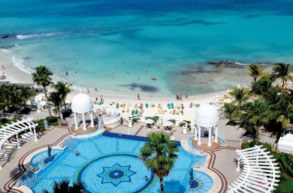swimming pool leisure Resort caribbean Water park resort town Beach amusement park Sea Lagoon mansion dining table
