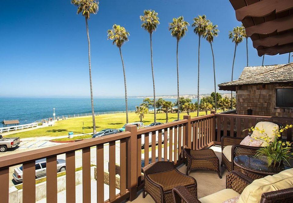 Lounge Luxury Scenic views sky property Resort Beach Villa Sea
