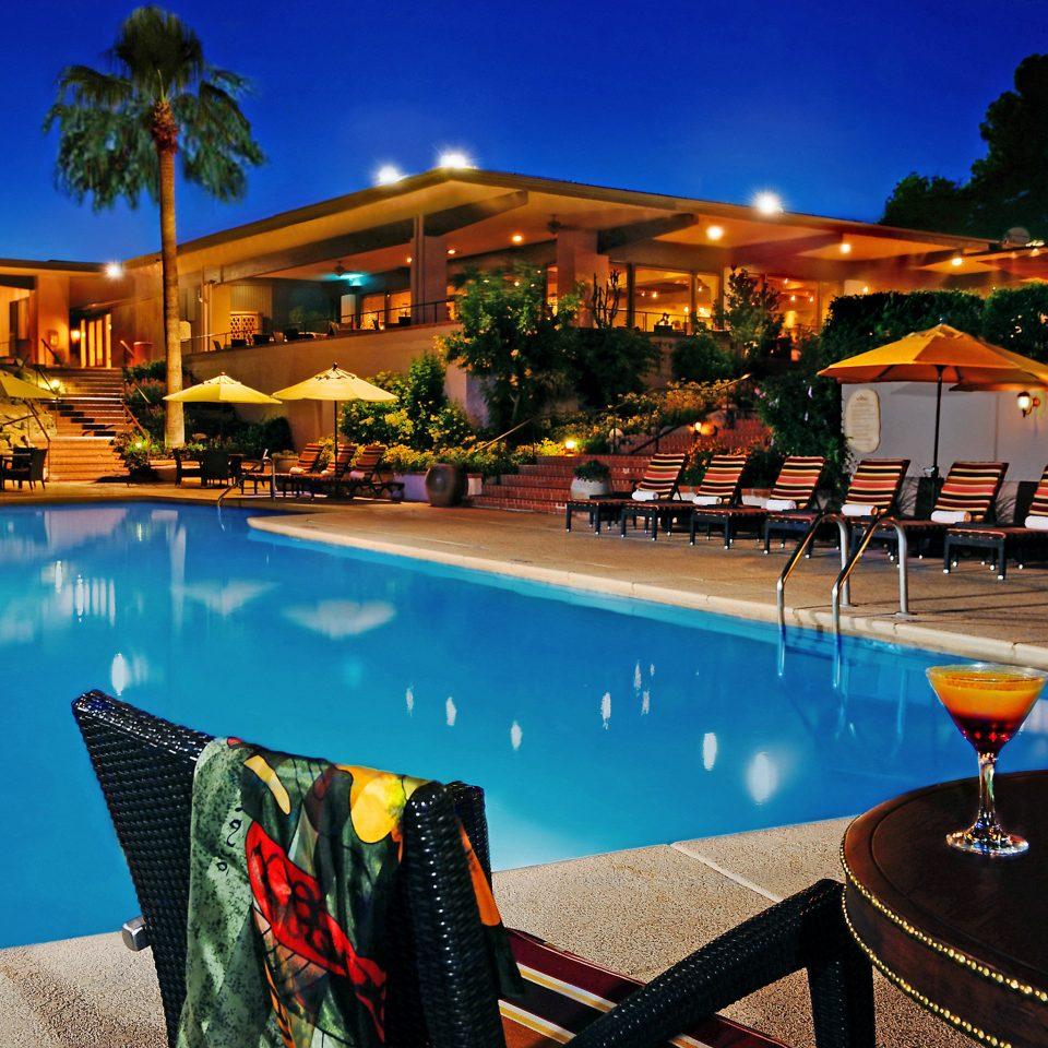Lounge Patio Pool Resort Terrace sky leisure swimming pool Beach Sea