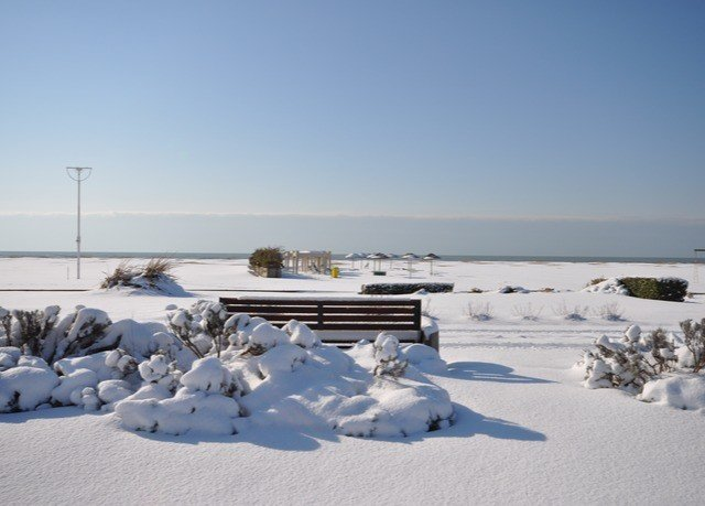sky snow Nature Winter weather arctic season Resort ice freezing Sea arctic ocean Beach shore day