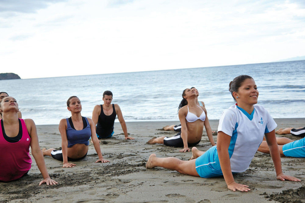 water sky Beach leisure shore Nature physical fitness group Sea sand sun tanning sandy