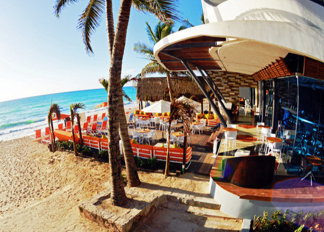 sky leisure Resort Beach Sea travel shore lined sandy