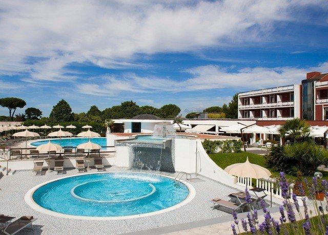 sky swimming pool property leisure Resort Beach caribbean Villa blue shore sandy