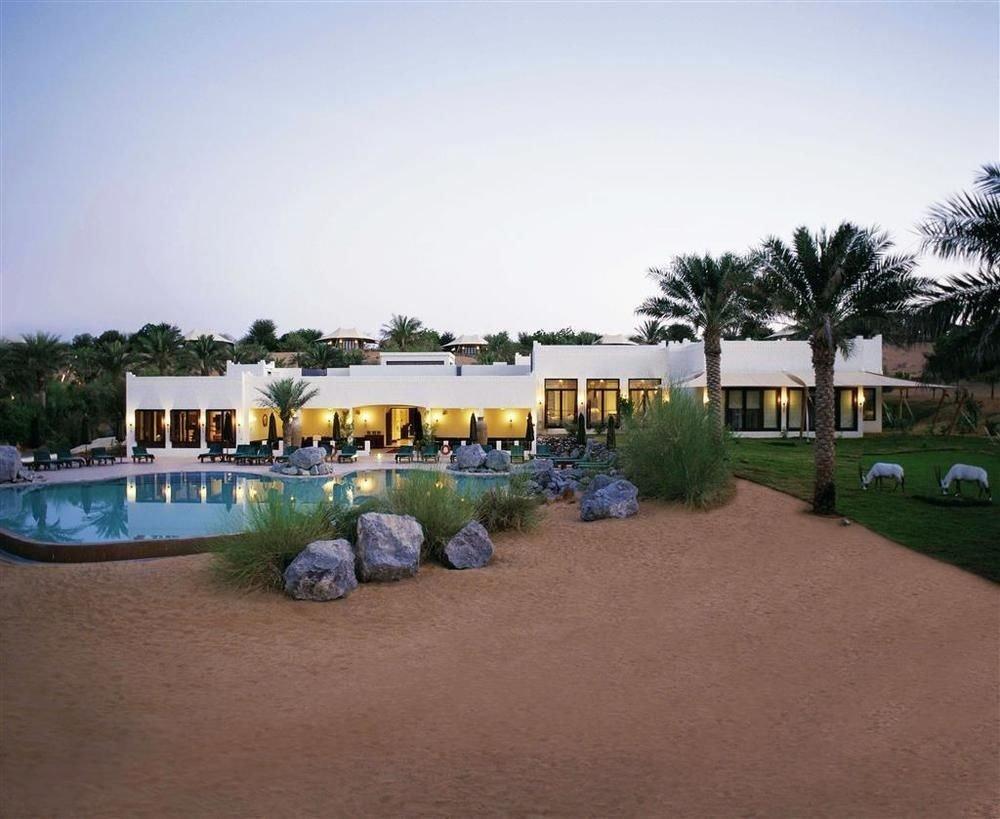 sky ground property Resort home residential area landscape Villa land lot house hacienda recreation leisure Beach dirt