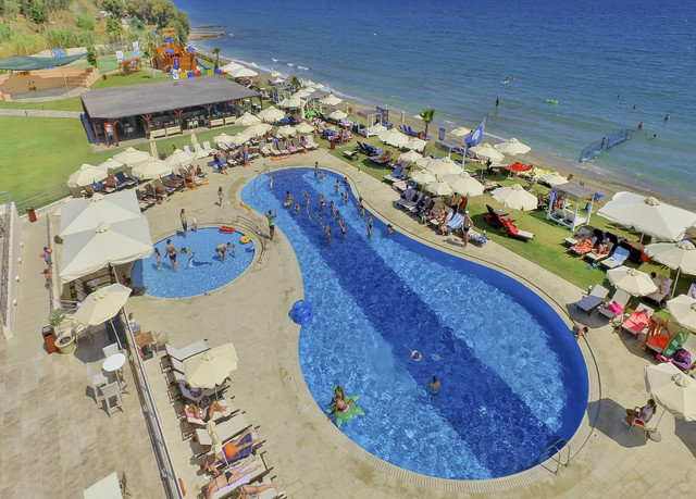 Water park amusement park leisure Resort park outdoor recreation marina recreation swimming pool Beach aerial photography dock nonbuilding structure shore