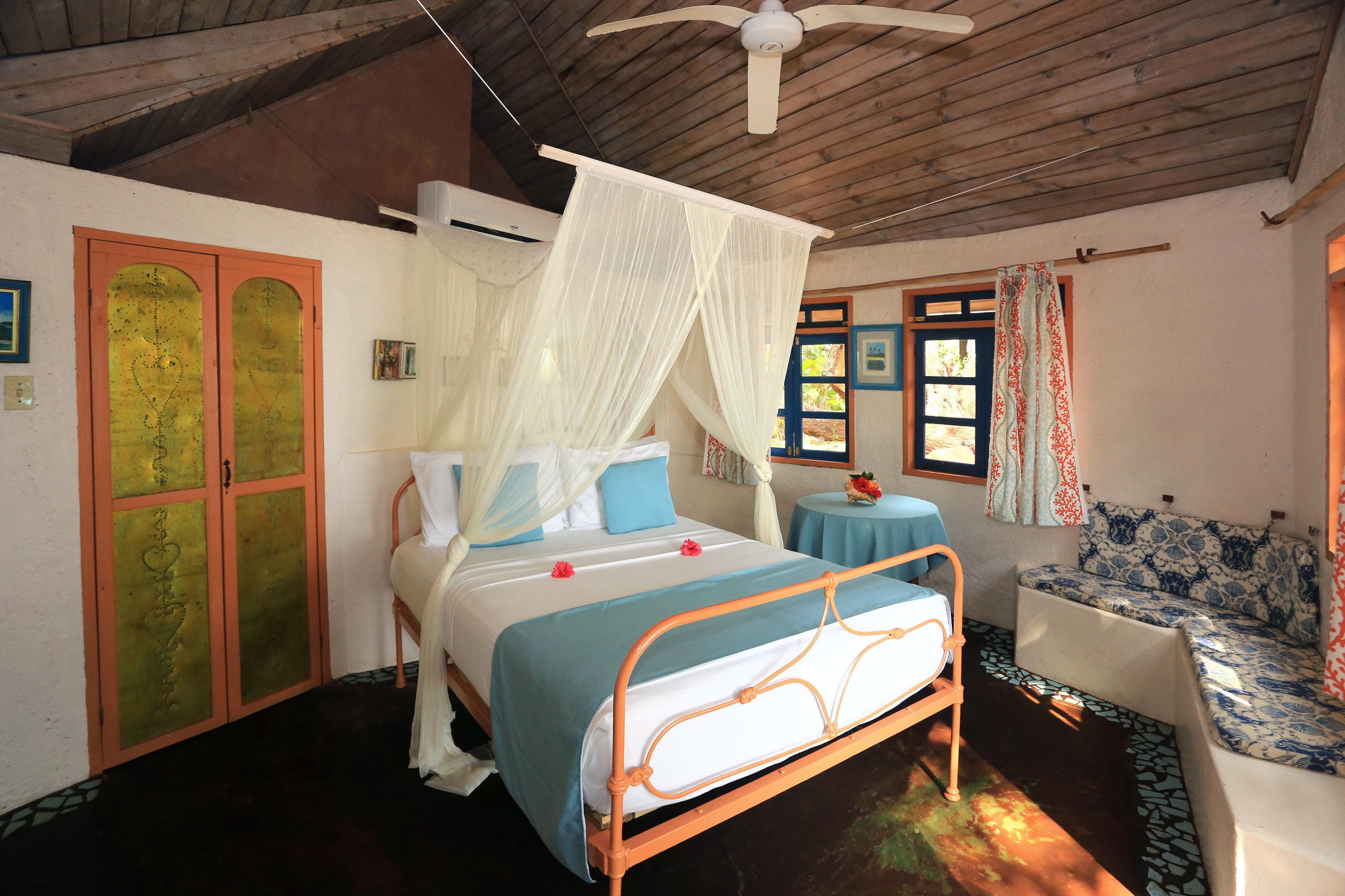 Beachfront Bedroom Boutique Romantic Rustic Tropical property house cottage home Villa Resort living room