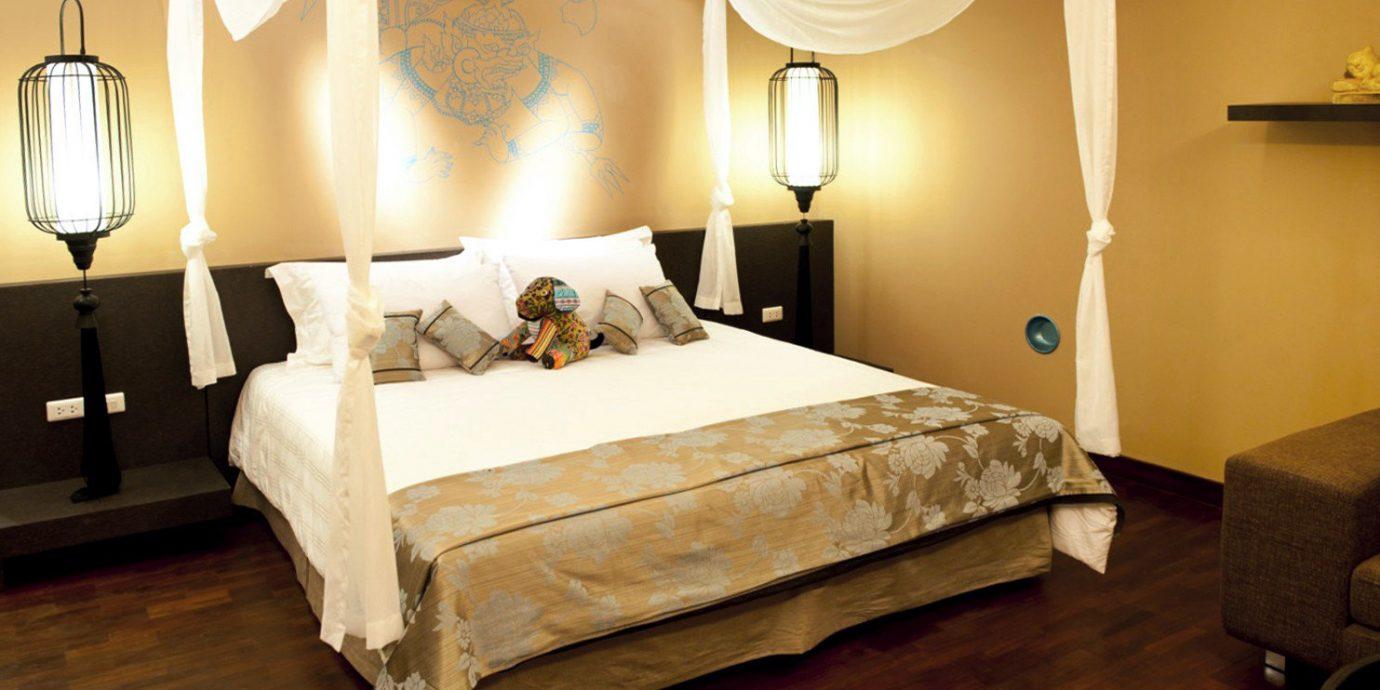 Beachfront Bedroom Boutique property Suite cottage hardwood lamp