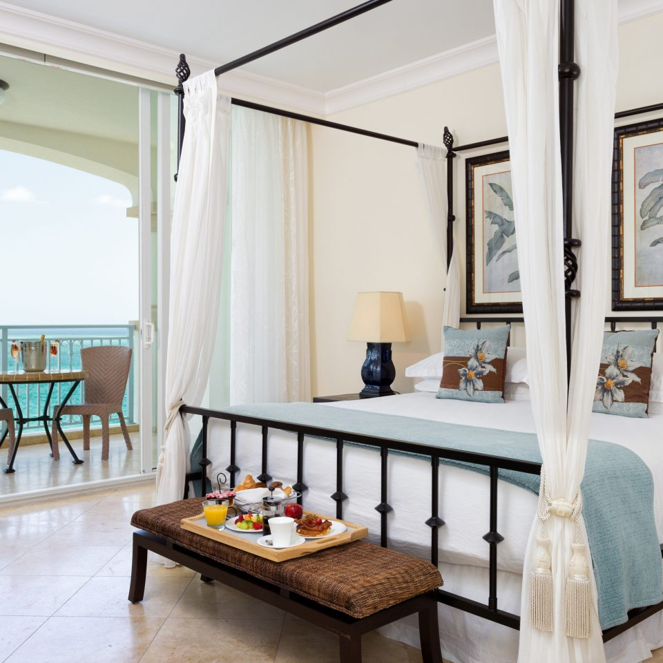 Beachfront Bedroom Classic Family Hotels Resort Trip Ideas living room property home Suite Villa cottage mansion
