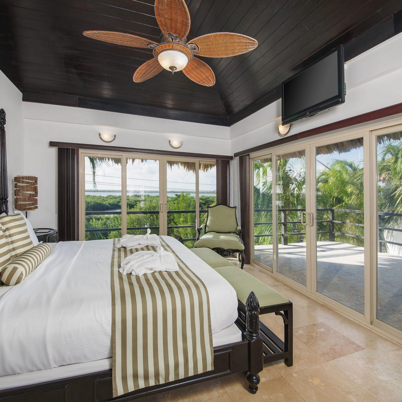 Beachfront Bedroom Classic Resort sofa property home cottage mansion Villa farmhouse living room Suite Modern