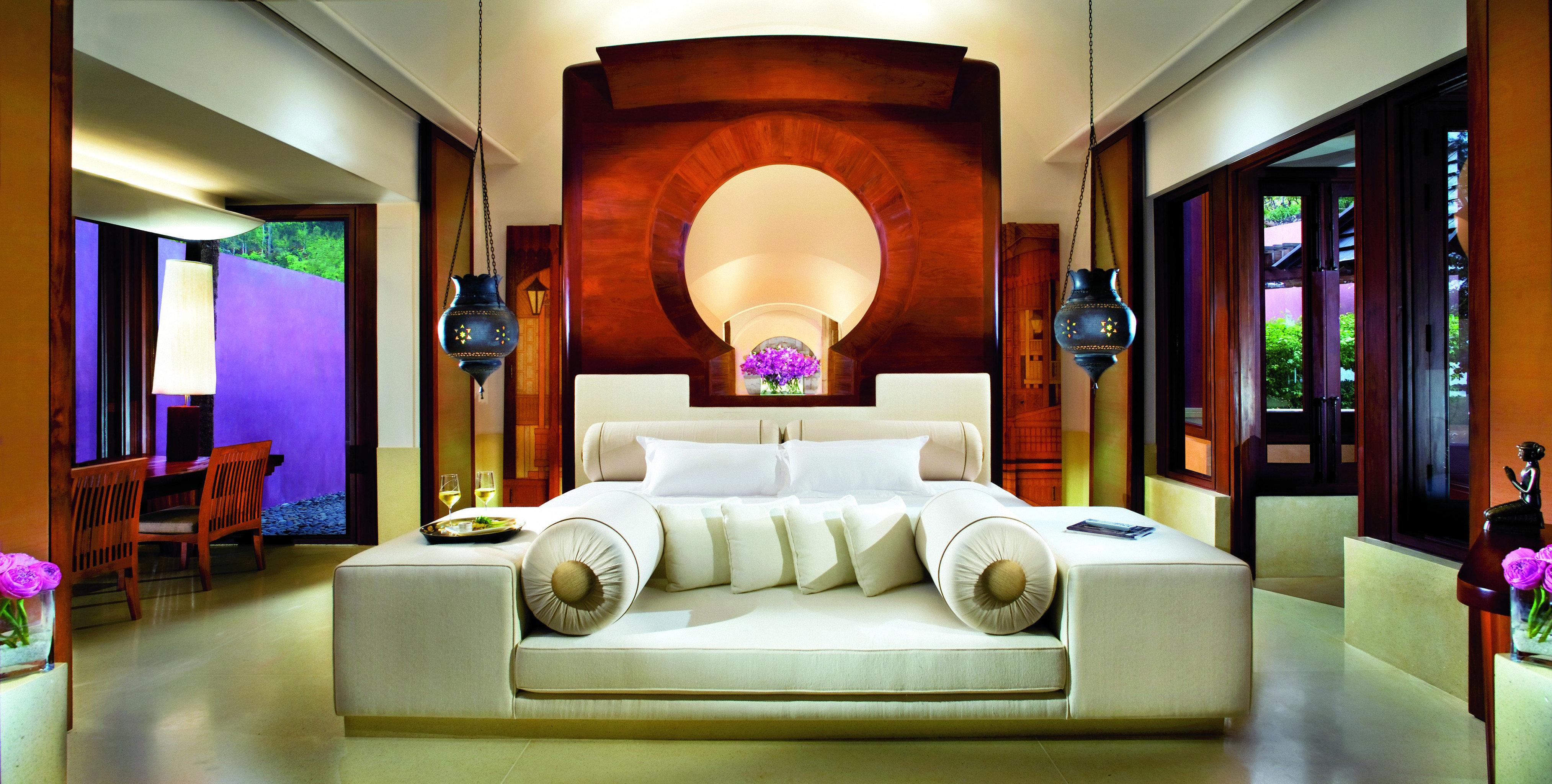 Beachfront Bedroom Cultural Elegant Honeymoon Jungle Luxury Nature Romance Romantic Tropical Lobby property living room Suite home mansion Resort Villa