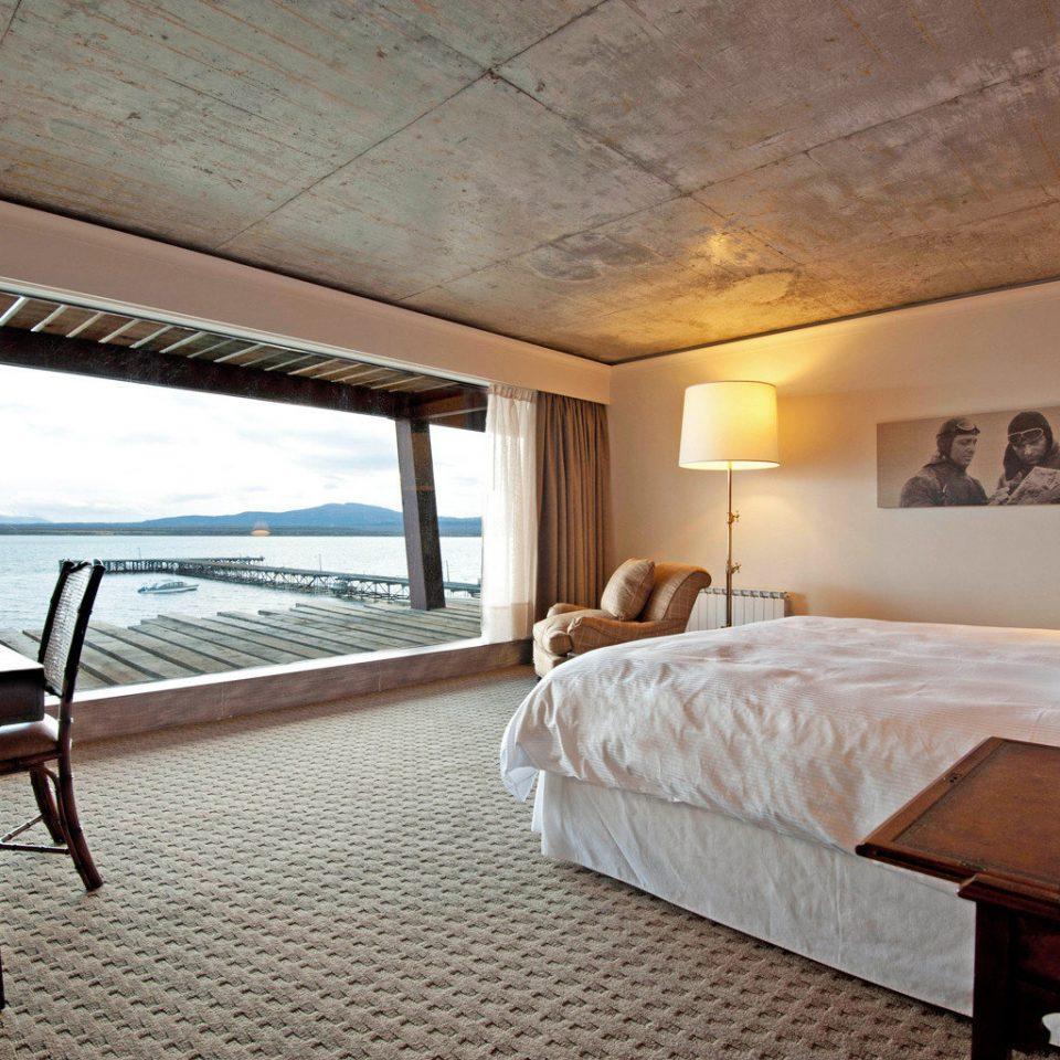 Beachfront Bedroom Deck Hotels Luxury Patio Scenic views Suite Waterfront property Villa Resort cottage