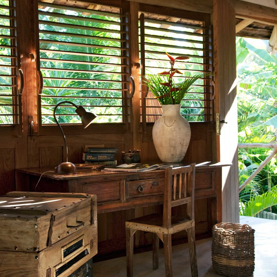 Beachfront Bedroom Eco Rustic Trip Ideas Tropical Waterfront house home log cabin living room cottage Resort farmhouse
