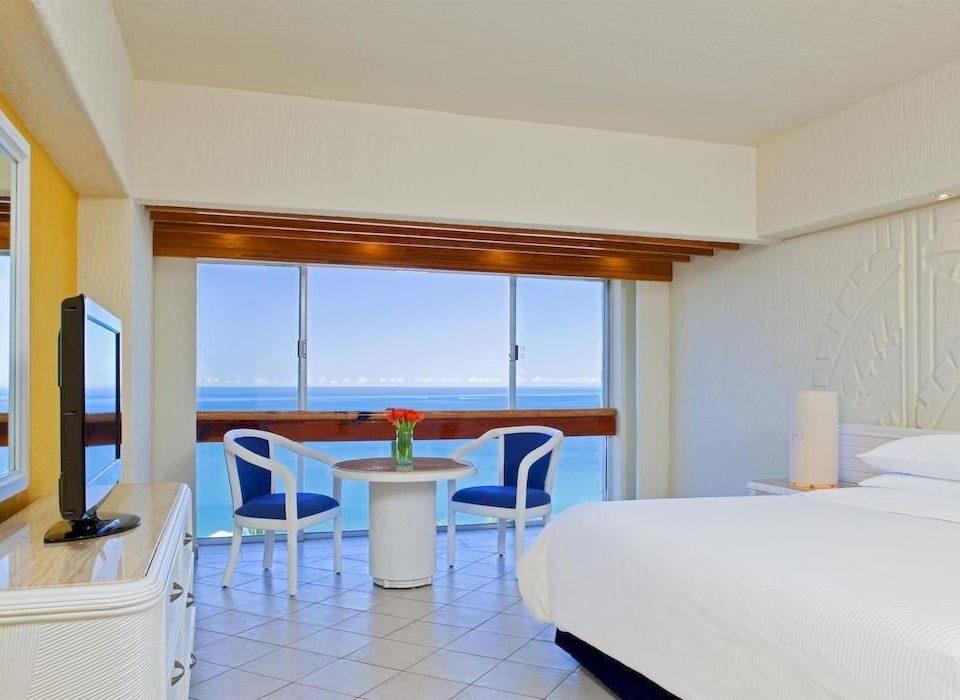 Beachfront Bedroom Elegant Luxury Modern Patio Scenic views Suite property Resort white Villa cottage condominium