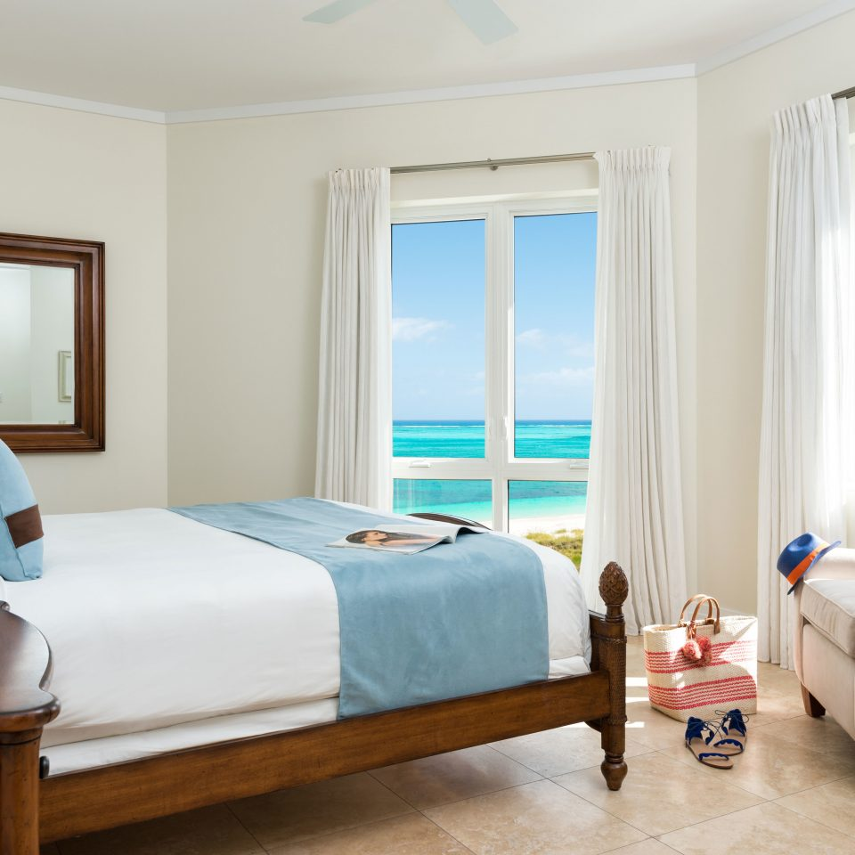 Beachfront Bedroom Family Hotels sofa property Suite home cottage living room flat Modern