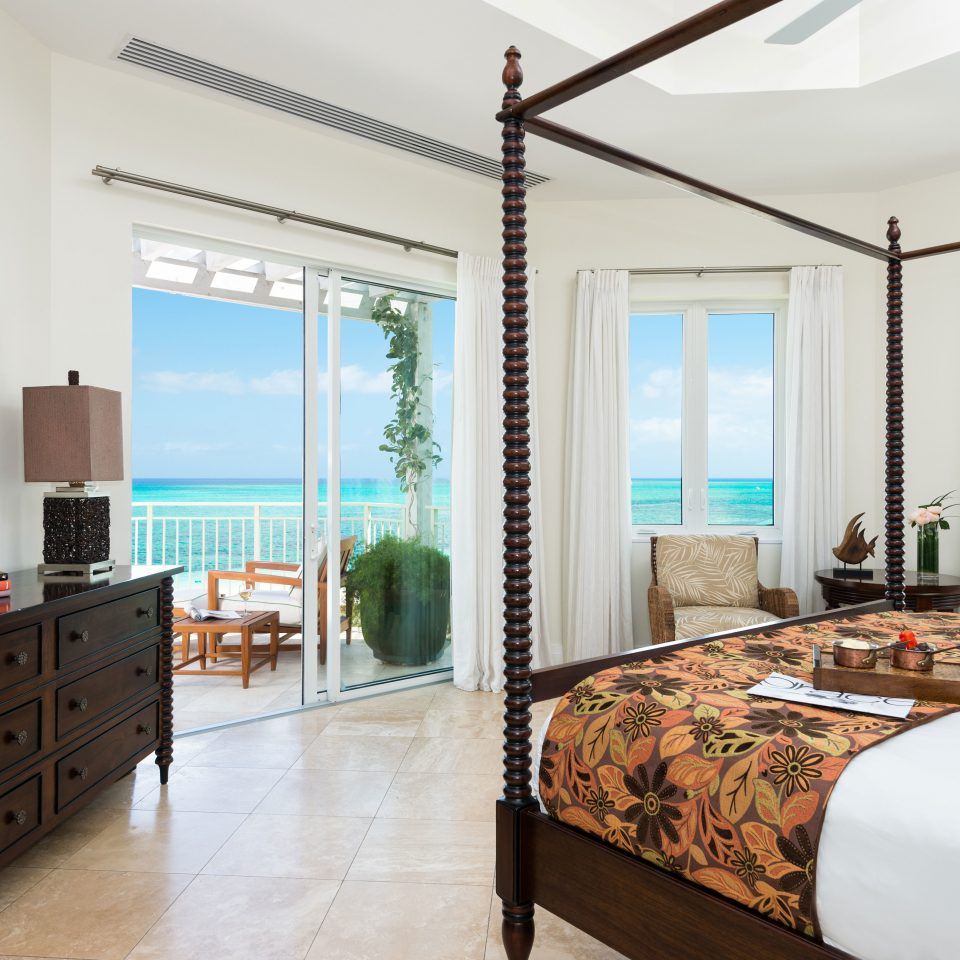 Beachfront Bedroom Family Scenic views property home living room condominium cottage Suite Modern