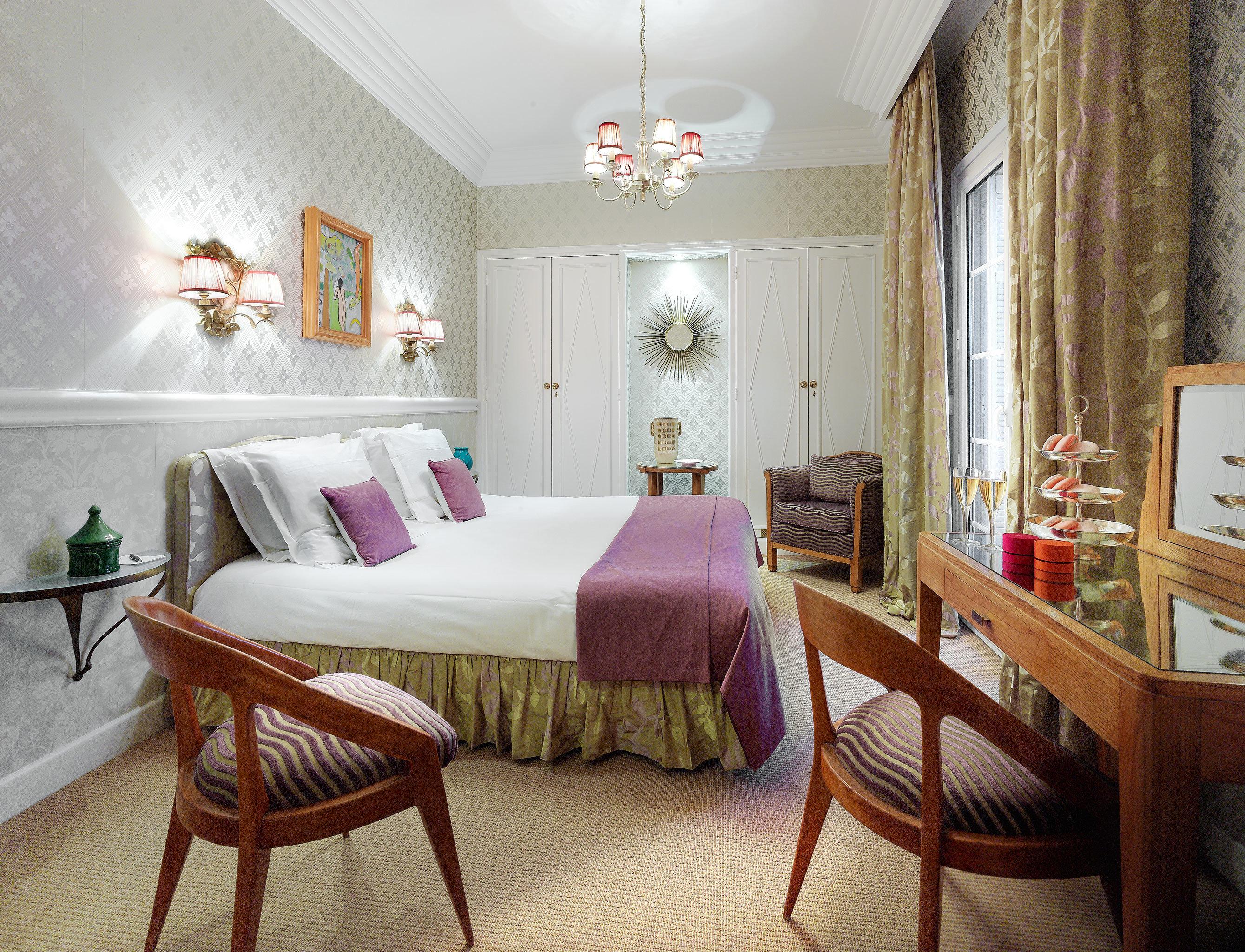 Beachfront Bedroom Hip property living room Suite cottage home Villa