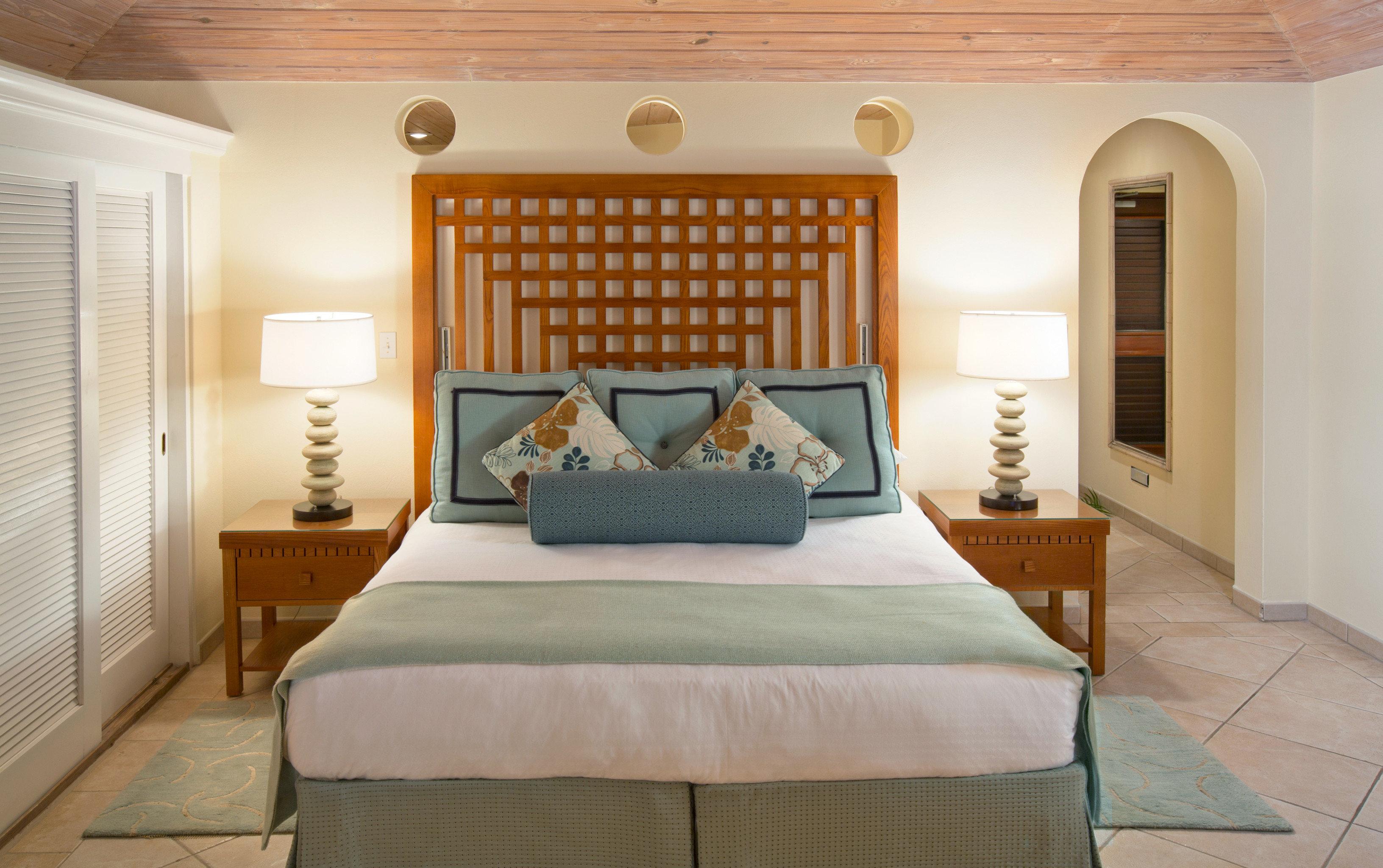 Beachfront Bedroom Honeymoon Island Resort Romance Romantic Suite Tropical property cottage home