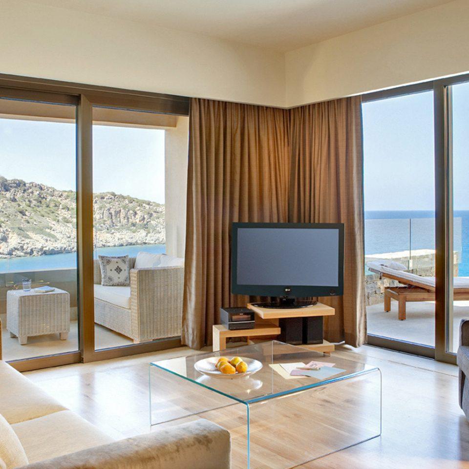 Beachfront Honeymoon Luxury Modern Resort Romance Romantic property living room Suite condominium home Bedroom Villa overlooking