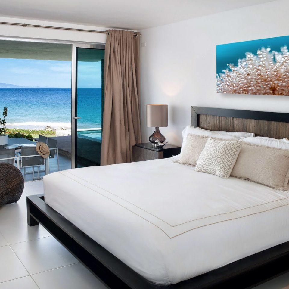 Beachfront Bedroom Hotels Luxury Modern sofa property Suite condominium nice home living room Villa cottage bed sheet flat